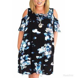 Dresses & Skirts - Plus Size Cold Shoulder Dress With Pockets!